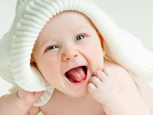 Hd Cute Baby Wallpapers Sweet Beautiful Cute Baby 2800x1809 Download Hd Wallpaper Wallpapertip