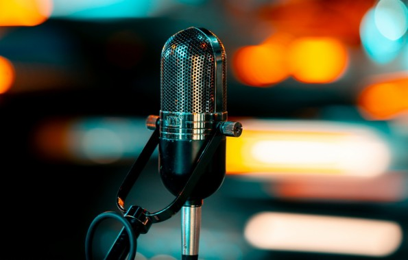 Photo Wallpaper Music Sound Macro Microphone Bokeh Ultra Hd 4k Wallpaper Music 1332x850 Download Hd Wallpaper Wallpapertip