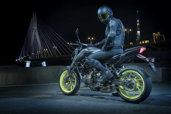 Yamaha Mt 07 2018 2000x1334 Download Hd Wallpaper Wallpapertip