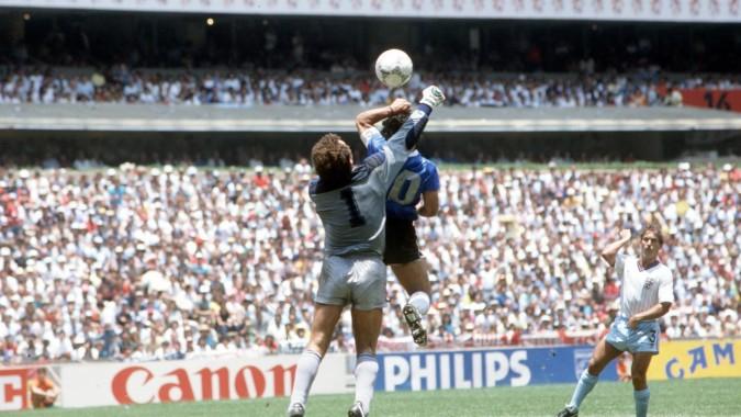 Mexico 22nd June 1986 Argentina 2 V England 1 Argentina Diego Maradona Hand Goal 2048x1152 Download Hd Wallpaper Wallpapertip