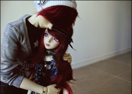 Hug Cute Doll Couple 629x473 Download Hd Wallpaper Wallpapertip