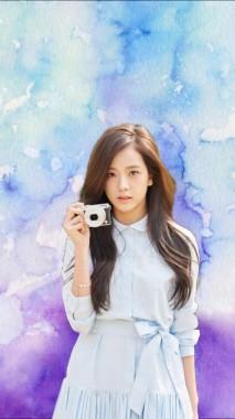 3 30517 user uploaded image blackpink jisoo holding camera