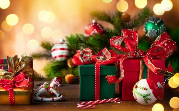 Wallpaper Of Bokeh Christmas Gift Background Hd Christmas Gift 2560x1600 Download Hd Wallpaper Wallpapertip