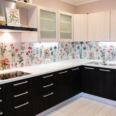 Flower Kitchen Tiles Design 600x600 Download Hd Wallpaper Wallpapertip