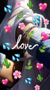 81 815424 love aesthetic wallpaper iphone emoji