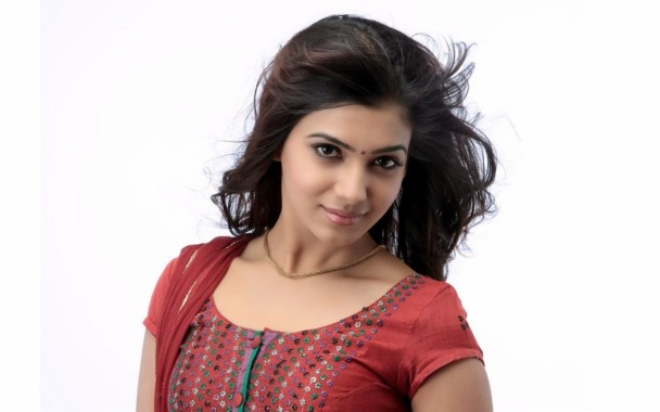 Samantha Telugu In Saree 1366x768 Download Hd Wallpaper Wallpapertip